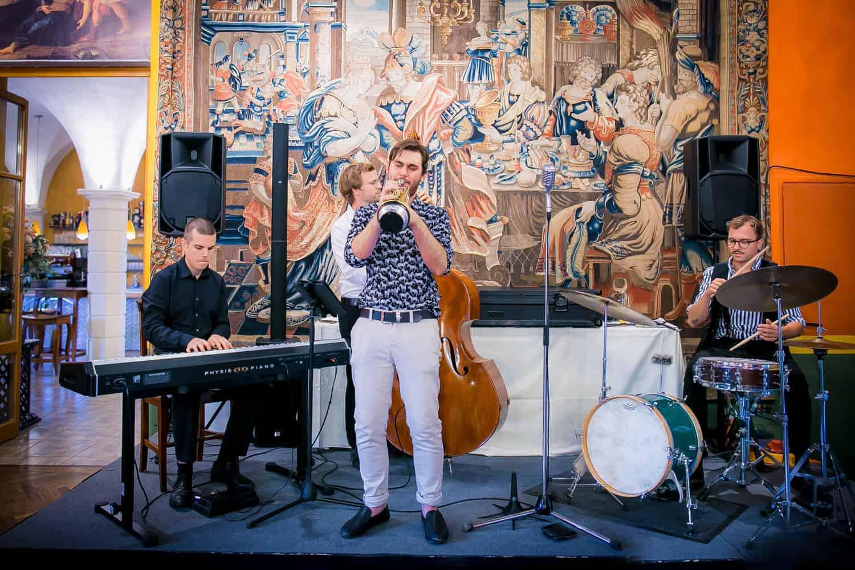 Live-Band, Jazzband, Hochzeitsband im Schloss Ottersbach